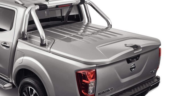 HARD TONNEAU COVER (3 PIECE) Recommended Fitted Price: $3,480.00